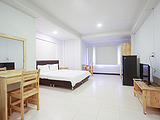 Na Surawong near BTS Chong Nonsi and MRT Sam Yan. - Apartments for Rent in Silom Road Silom Road